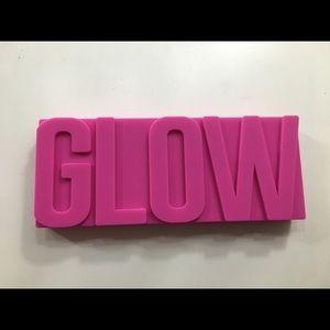 GlamGlow GlowPowder Palette